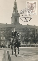 D38336 CARTE MAXIMUM CARD 1948 DENMARK - KING CHRISTIAN X RIDING ON HORSEBACK CP ORIGINAL - Familles Royales