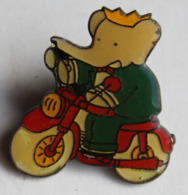 Pin's Dessin Animé Babar Faisant Du Vélo 1990 - Autres