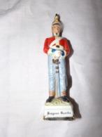"""Soldat """" Dragoon Guards """" En Céramique - Vintage Clothes & Linen"""
