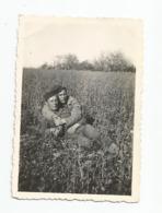 Photographie Guerre 1945 2 Db Allemagne A Camp Kamp Rhein Avec Deux Copains   Photo 6x8,5 Cm Env - Oorlog, Militair