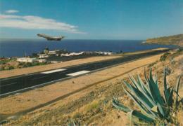 Portugal - Madeira - Santa Cruz - Airport Santa Catarina - Airplane Starting - Madeira
