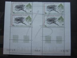 VEND BEAUX TIMBRES DE POSTE AERIENNE DES T.A.A.F. N° 60 EN BLOC DE 4 COIN DATE , XX !!! - Airmail