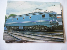 PARIS-CHAROLAIS (75) : LOCO CC 7106 Au Dépôt En 1982 - Trains