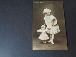 Enfant ( 3417 )  Kind  Fillette  -  Poupée  Pop  - Artiste Angelica Walter - Enfants