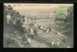 BELGIQUE BELGIUM - CHARLEROY - GILLY - Ramasseuses D'escarbilles Sur E Terril Des Vallées - Charleroi