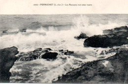 PORNICHET (44) : Les Rochers Par Gros Temps - Pornichet