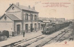 La Gare Et Départ Du Train Pour Valognes - Barfleur