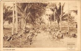 Ministère Des Colonies - Cyclistes Au Repos - Guerres - Autres