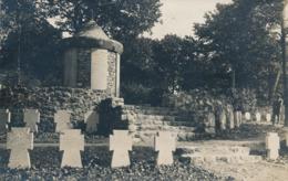 BELGIQUE - HAINAUT - ROSELIES - Carte-photo Cimetière Allemand Au Bois De Broue - 1.WK - WW1 - (2) - Belgique