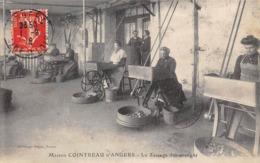 Thème.  Métiers Divers.      49 Angers Cointreau   Zestage De Oranges   (Voir Scan) - Other