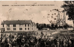 Soissons 1923 - Les Casernes Jeanne D'arc - !! Légers Arrachements à Gauche - Soissons