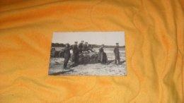 CARTE POSTALE PHOTO ANCIENNE CIRCULEE DATE ?.. ./ MILITAIRES EN ACTIONS...MITRAILLEUSE... - Militaria