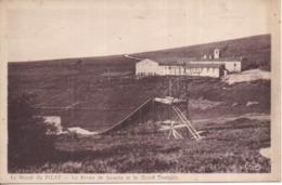 42 Le Massif Du PILAT - La Ferme De Jasserie Et Le Grand Tremplin, Commune LE BESSAT - Other Municipalities