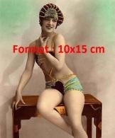 Reproduction D'une Photographie D'une Danseuse Des Folies Bergères Dans Les Années 20/30 - Reproductions