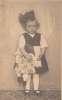 Child Playing W Doll Puppe Poupee Real Photo Postcard Foto Tonka Zagreb - Jeux Et Jouets