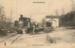 03 Allier :    Chatelperron  La  Gare      Réf  7260 - Autres Communes