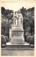 Maaseik  Standbeeld Der Gebroeders Van Eyck       L 1136 - Maaseik
