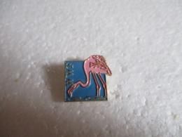 Pin's Animalier WWF Flamant Rose. - Animals