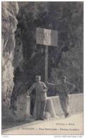 Carte Postale Douanes  Douaniers Frontière Franco Italienne à Menton  Trés Beau Plan - Dogana