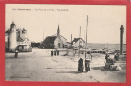 CPA: Concarneau (29) La Place De La Croix - Concarneau