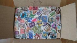 1,5 Kilo - Papierfrei - Deutschland / Welt - Stamps