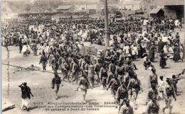 AFRIQUE - SENEGAL --Dakar - Départ Des Troupes Noires - Les Tirailleurs Se - Sénégal