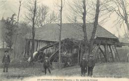 ST-OFFENGE-DESSOUS-un Moulin Du Crouzet - Autres Communes