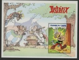 """BF 22 """"Astérix / Journée Du Timbre"""". Neuf Sans Charnière **. TB - Mint/Hinged"""