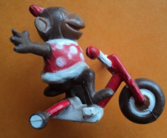 Figurine - Omo - Art Du Cirque - Tricycle - 4,5 Cm - Action- Und Spielfiguren