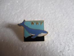Pin's Animalier WWF Baleine. - Animals