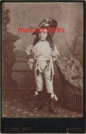 Famille GUITTON--grand CDV (CAB) Maurice GUITTON En Costume Historique Photo Lory à Nantes - Photos