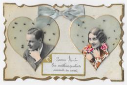 Bonne Année Les Meilleurs Souhaits Viennent Du Coeur Ajoutis Noeud Papillon Tissus Coeurs Portraits D' Homme Et De Femme - New Year