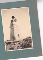 Sommet Du BEN NEVIS Juillet 1943  Photo Amateur Format Environ 4,5 Cm X 3,5 Cm - Cars