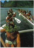 Carte Postale Tahiti Tautira  Grande Pirogue De Course 16 Hommes Trés Beau Plan - Tahiti