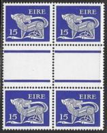 Ireland Scott # 468 MNH Gutter Block Of 4 Dog, 1980 - Blocks & Sheetlets