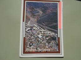 ETATS UNIS AZ ARIZONA AERIAL VIEW OF BISBEE WITH THE LAVENDER PIT MINE IN THE BACKGROUND - Etats-Unis