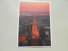 ETATS UNIS NY NEW YORK CITY MANHATTAN WHEN COMPLETED IN 1930 THE ART DECO CHRYSLER BUILDING... .. - Manhattan