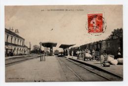 - CPA LA POSSONNIÈRE (49) - La Gare 1910 (belle Animation) - Collection Collet 406 - - France