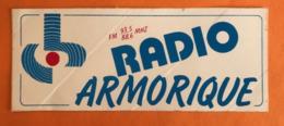 RADIO ARMORIQUE FM 93,5 Et 88,6 MHZ - AUTOCOLLANT - Autocollants