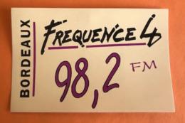 RADIO BORDEAUX FREQUENCE 4 - 98,2  FM - AUTOCOLLANT - Pegatinas