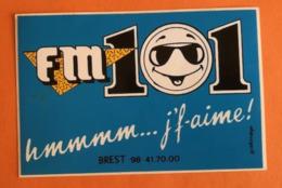 RADIO FM 101 BREST - AUTOCOLLANT - Pegatinas