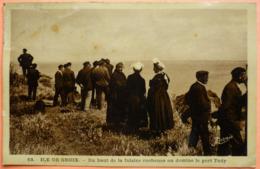 CARTE ILE DE GROIX - 56 - DU HAUT DE LA FALAISE ROCHEUSE PORT TUDY - SCAN RECTO/VERSO-13 - Groix