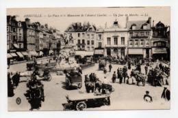 - CPA ABBEVILLE (80) - La Place Et Le Monument De L'Amiral Courbet - Un Jour De Marché (belle Animation) - - Abbeville