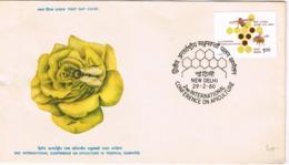 Inde. Enveloppe Illustrée. Apimondia. Abeilles - Bienen