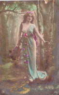 Très JOLIE Et GRACIEUSE FEMME Au SEIN Légérement Dénudé- 1906- TBE - Femmes