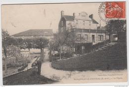 NEAUPHLE LE CHATEAU LA MAIRIE 1910 TBE - Neauphle Le Chateau