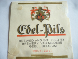 Belgisch Bier Etiketten Van Milders Geel 19 Stuks - Alcools