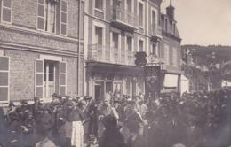 CPA - 76 - ETRETAT - Rue Du Havre - Hôtel De La Poste - Jour De L'ascension Bénédiction De La Mer - Carte Photo - RARE - Etretat