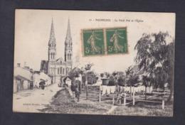 Vente Immediate Machecoul (44) Le Petit Pré Et L' Eglise ( Animée Artaud Nozais ) - Machecoul