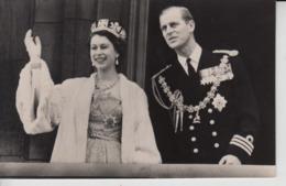QE03. Queen Elizabeth II 10 Cards - United Kingdom